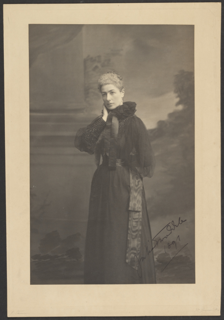 Julia Tweeddale; John Thomson (Scottish, 1837 - 1921); London, England; 1891; Platinum print; 35.8 × 22.7 cm (14 1/8 × 8 15/16 in.); 84.XM.859.45; The J. Paul Getty Museum, Los Angeles; Rights Statement: No Copyright - United States