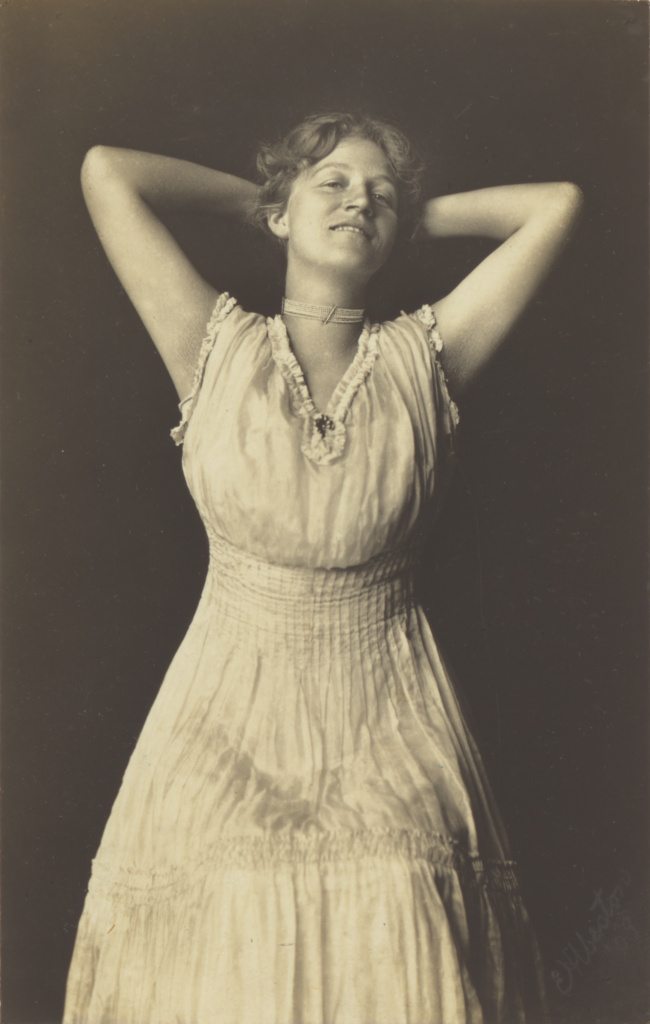 Flora Chandler Weston; Edward Weston (American, 1886 - 1958); 1909; Gelatin silver print; 14.8 × 9.4 cm (5 13/16 × 3 11/16 in.); 86.XM.719.11; The J. Paul Getty Museum, Los Angeles; Rights Statement: In Copyright; Copyright: © 1981 Arizona Board of Regents, Center for Creative Photography