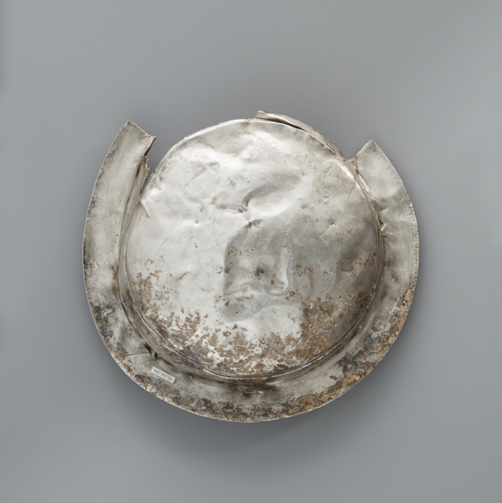 Bowl with a Medallion Depicting Dionysos and Ariadne (Getty Museum)