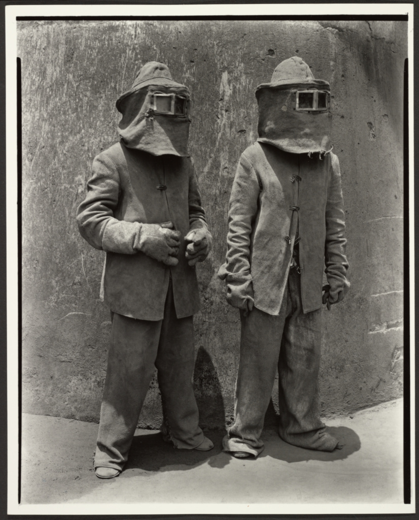 Trabajadores del fuego (Fire Workers); Manuel Álvarez Bravo (Mexican, 1902 - 2002); negative 1935; print about 1990; Gelatin silver print; 24 × 19 cm (9 7/16 × 7 1/2 in.); 2001.31; The J. Paul Getty Museum, Los Angeles, Gift of Daniel Greenberg and Susan Steinhauser; Rights Statement: In Copyright; Copyright: © Archivo Manuel Álvarez Bravo, S.C.