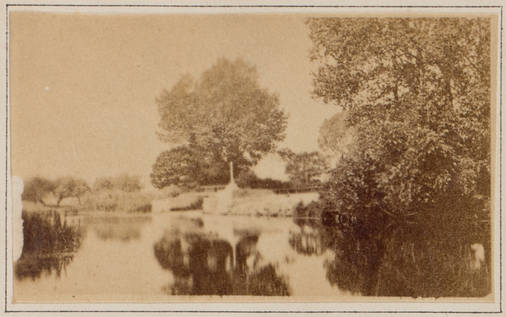 Sandford Lasher & Pool; Henry W. Taunt (British, 1842 - 1922); Sandford-on-Thames, England; 1872; Albumen silver print; 3.1 × 5.3 cm (1 1/4 × 2 1/16 in.); 84.XB.1273.5; The J. Paul Getty Museum, Los Angeles; Rights Statement: No Copyright - United States