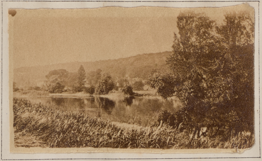 Hardwicke; Henry W. Taunt (British, 1842 - 1922); 1872; Albumen silver print; 3 × 5.1 cm (1 3/16 × 2 in.); 84.XB.1273.24; Rights Statement: No Copyright - United States